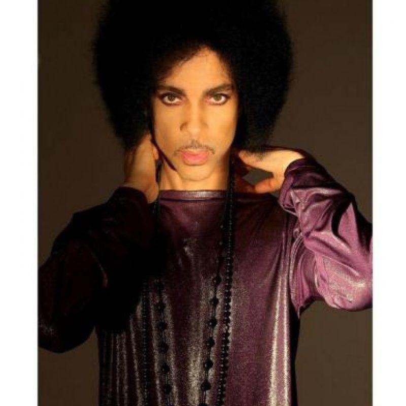 Se trataba de un tour en un formato inédito para él, en el que actuaría solo, con un micrófono y un piano de cola. Foto:Vía Instagram/@Prince. Imagen Por: