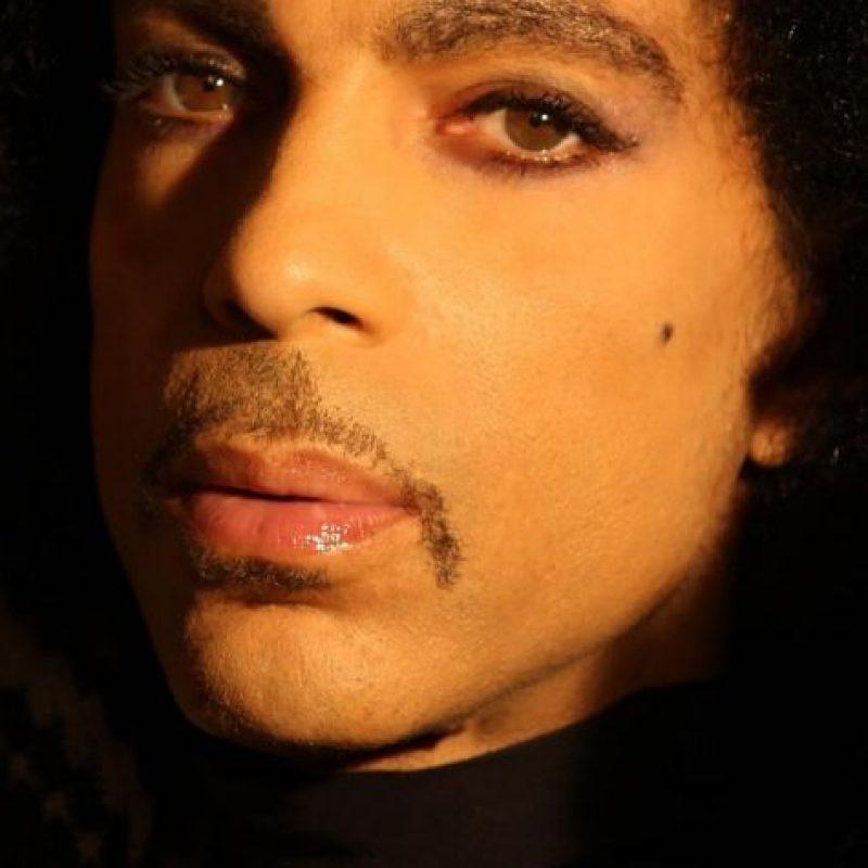 Fue uno de los artistas más innovadores de su época. Foto:Vía Instagram/@Prince. Imagen Por: