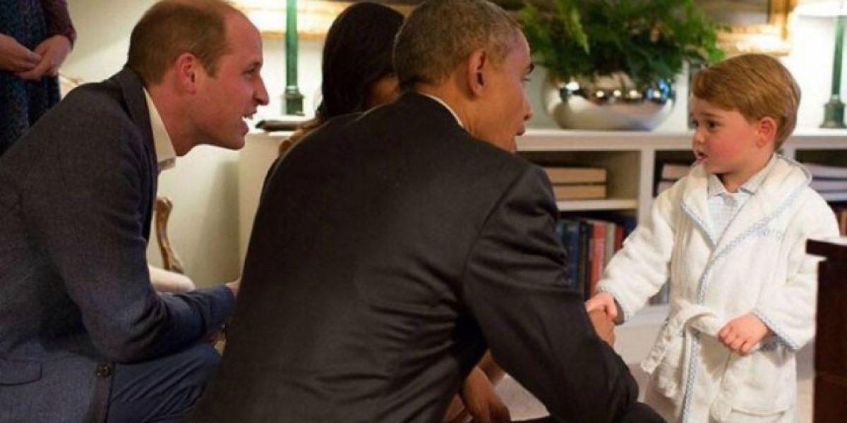 Así recibió el príncipe George a Obama en Inglaterra