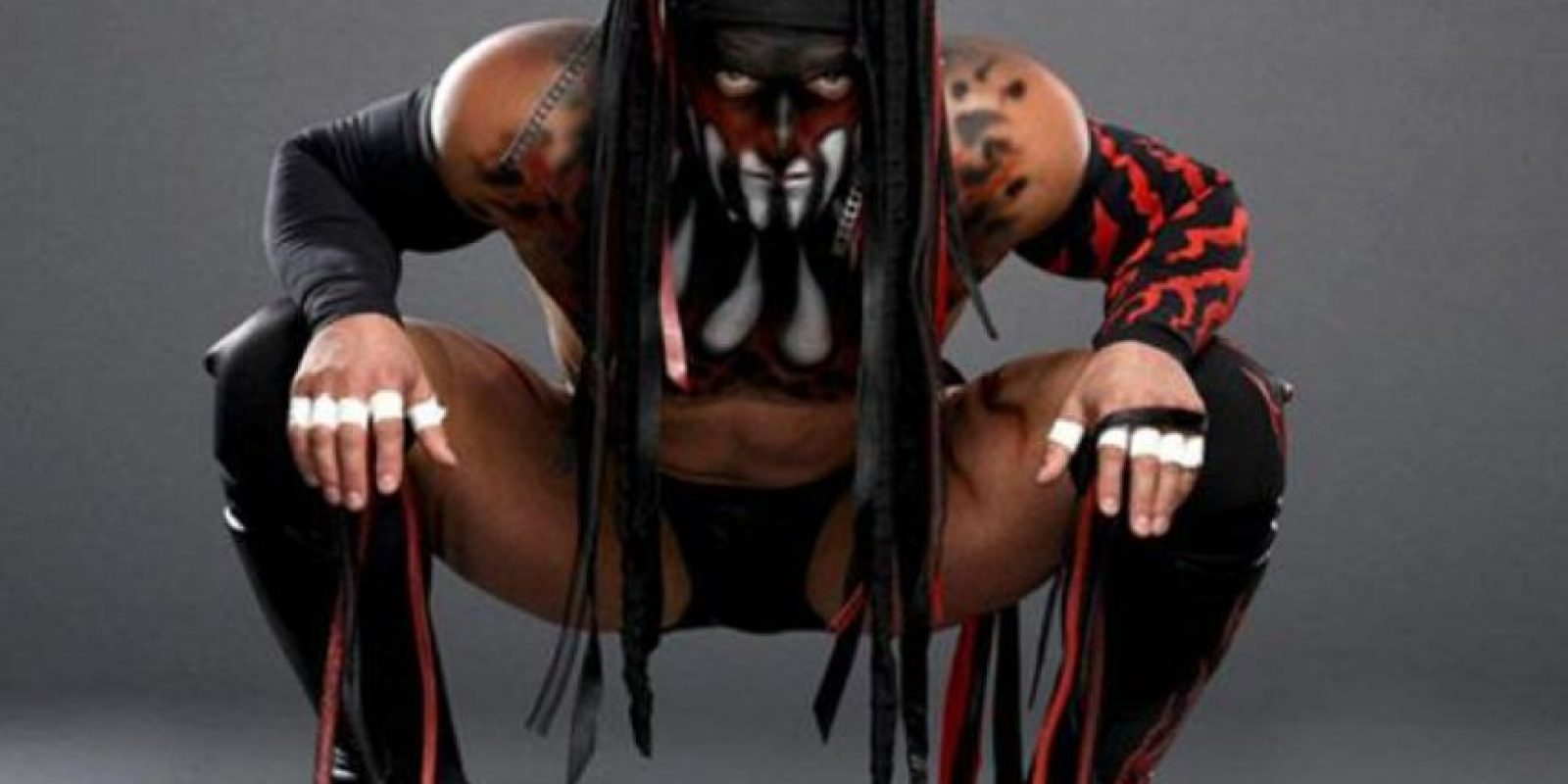 Su nombre real es Fergal Devitt Foto:WWE. Imagen Por: