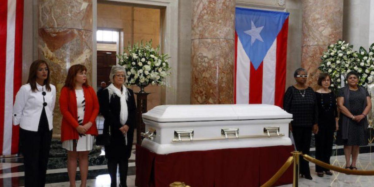 Rinden homenaje a la fallecida exlegisladora y actriz Velda González