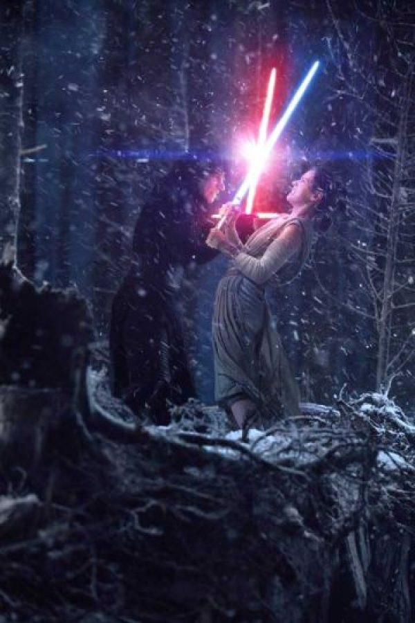 Episodio VIII retomará la historia que quedó inconclusa en Episodio VIII. Foto:Vía facebook.com/StarWars.LATAM. Imagen Por: