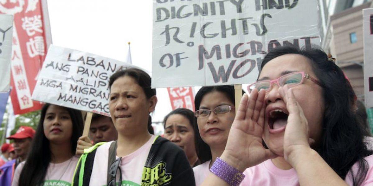 Alrededor del mundo marchan por el Día Internacional del Trabajo