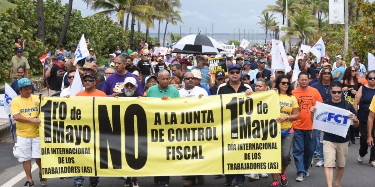 Marchan contra la Junta de Control Fiscal