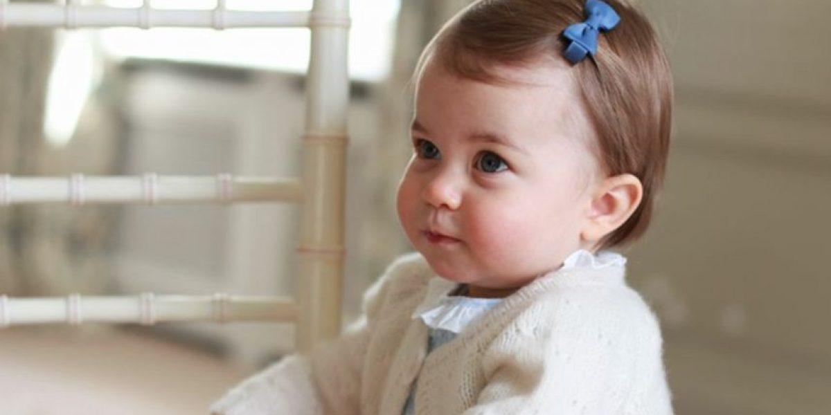 Adorable la princesa Charlotte en su primer año