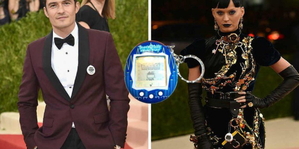 #MetGala2016: Katy Perry, Orlando Bloom y sus Tamagotchis muriendo