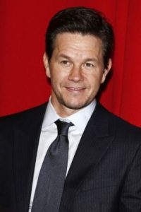 Mark Wahlberg. A los 13 años desarrolló una adicción a la cocaína. Foto:Getty Images. Imagen Por: