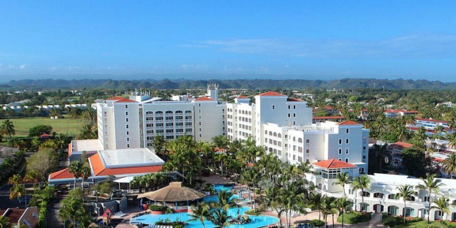 Su privilegiada ubicación situado frente a la playa de Dorado del mar y a tan solo 25 minutos de San Juan, hace de esta de esta propiedad una muy atractiva.. Imagen Por:
