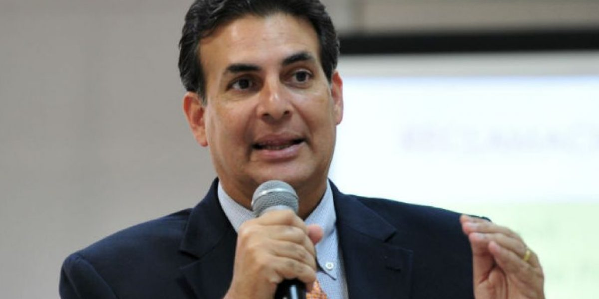 Bhatia critica evaluación de cuatro nombramientos en una sola vista