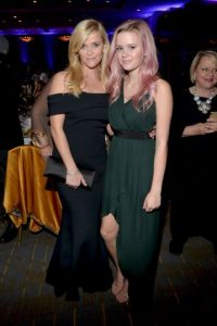 Reese Witherspoon y Ava Foto: Getty Images. Imagen Por: