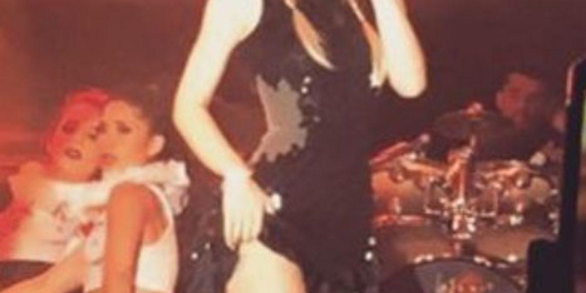 Belinda hace berrinche tras sus fans pedirle que cantara