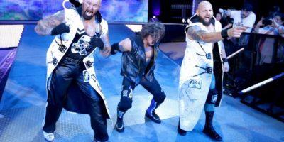 Fue la primera ocasión que AJ Styles hizo equipo con sus amigos en WWE Foto:WWE. Imagen Por: