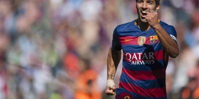 Pero Suárez volvió a marcar en dos ocasiones. Foto:AP. Imagen Por: