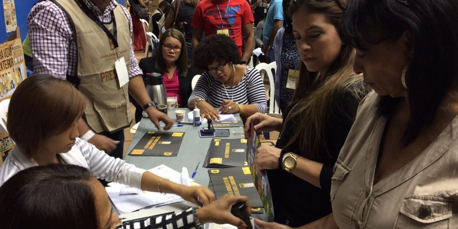 Antes de votar, los participantes tenían que someterse al nuevo proceso de registro electrónico.. Imagen Por: