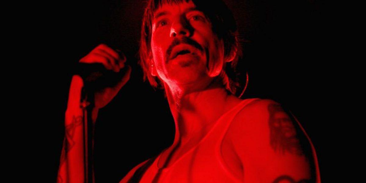 Vocalista de Red Hot Chili Peppers es hospitalizado de emergencia
