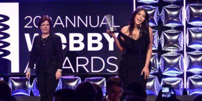 """El look de Kim Kardashian en los """"Webby Awards"""" Foto:Getty Images. Imagen Por:"""