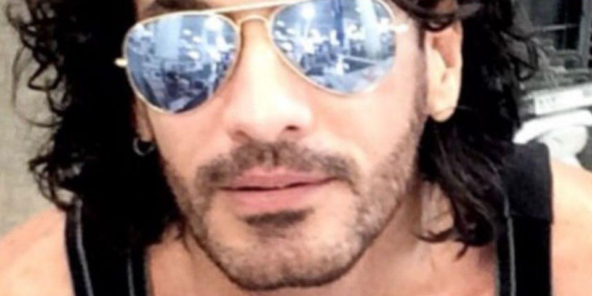 Fans acusan a Mario Cimarro de estafarlos