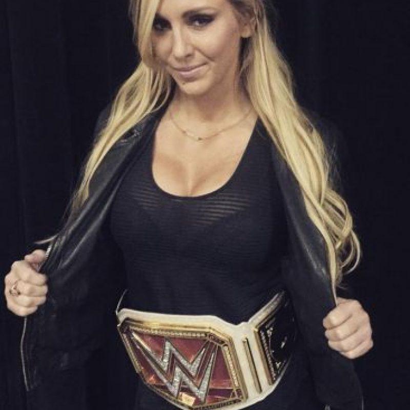 Pero antes, Del Rio tuvo un breve amorío con Charlotte Foto:WWE. Imagen Por: