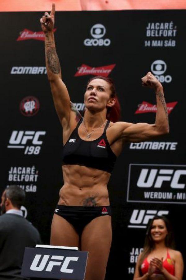 Cris Cyborg debutó con autoridad en la UFC Foto:Getty Images. Imagen Por: