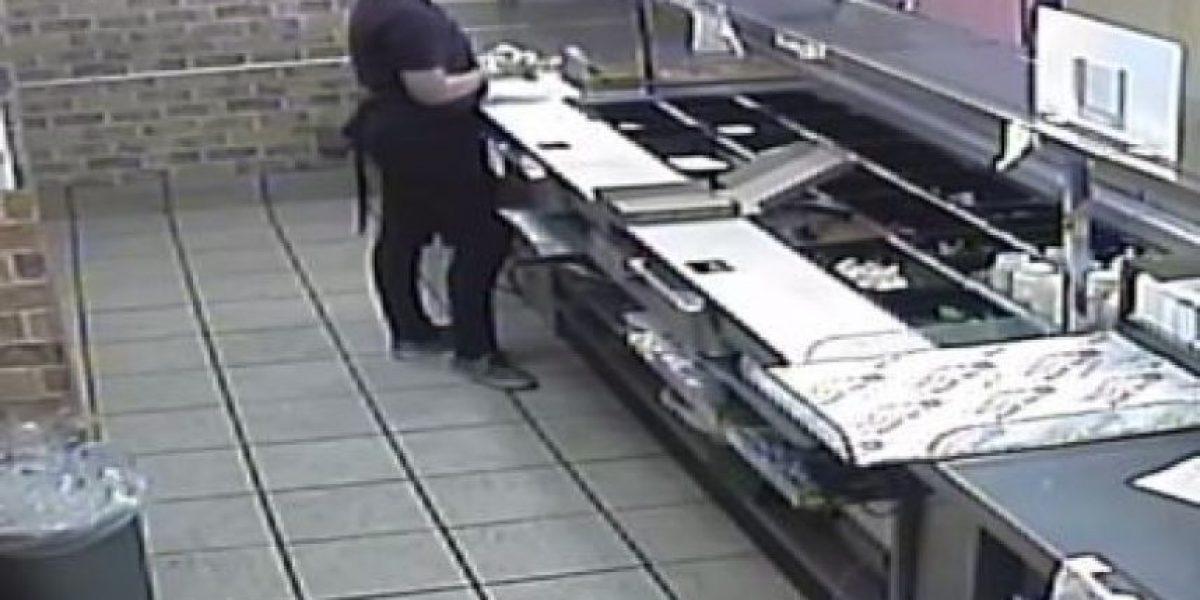 Buscan dos por robo a conocido restaurante en Bayamón