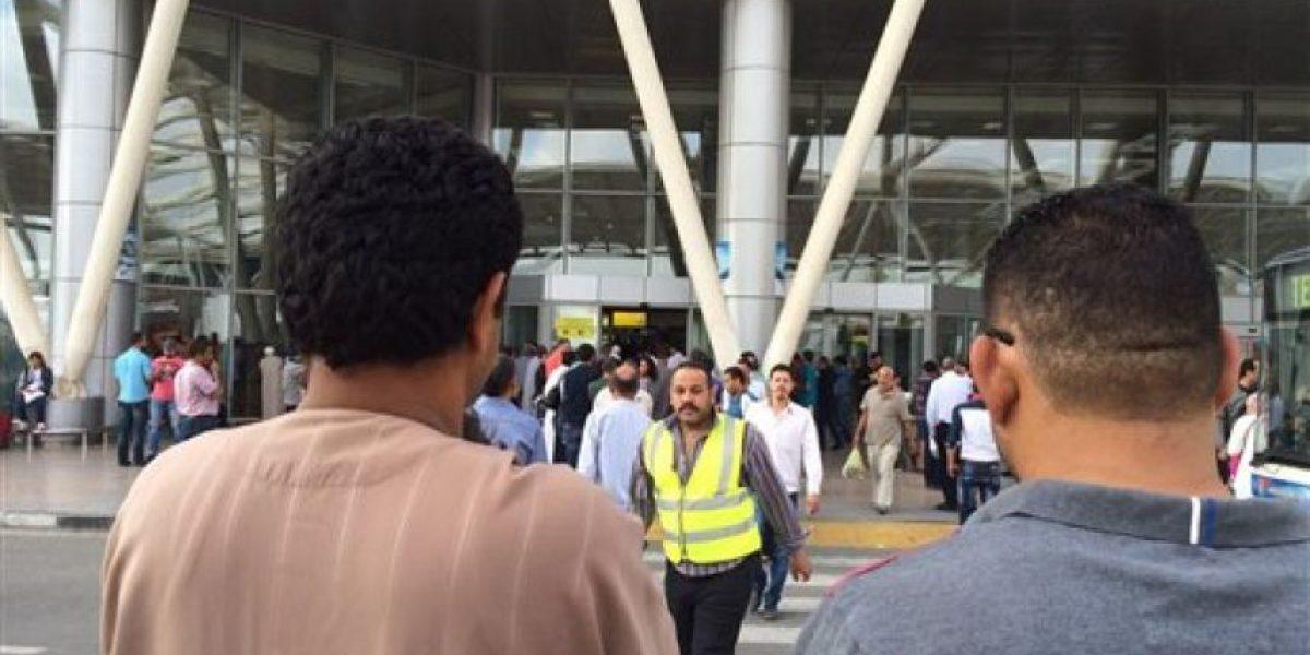 Se estrella avión con 66 personas a bordo en Egipto