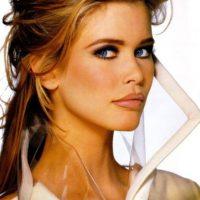 Claudia Schiffer no era adepta a los escándalos. Foto:vía Vogue. Imagen Por: