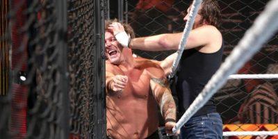 """Al final, el """"Lunático"""" se llevó la victoria Foto:WWE. Imagen Por:"""