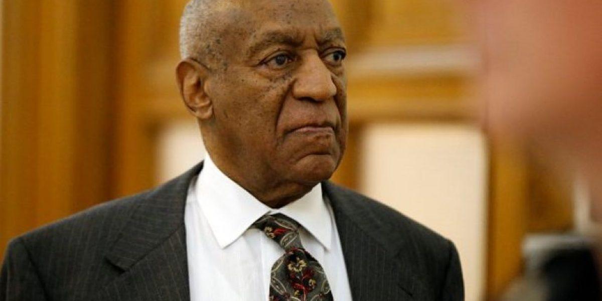 Bill Cosby admite que drogó a jóvenes para abusar de ellas