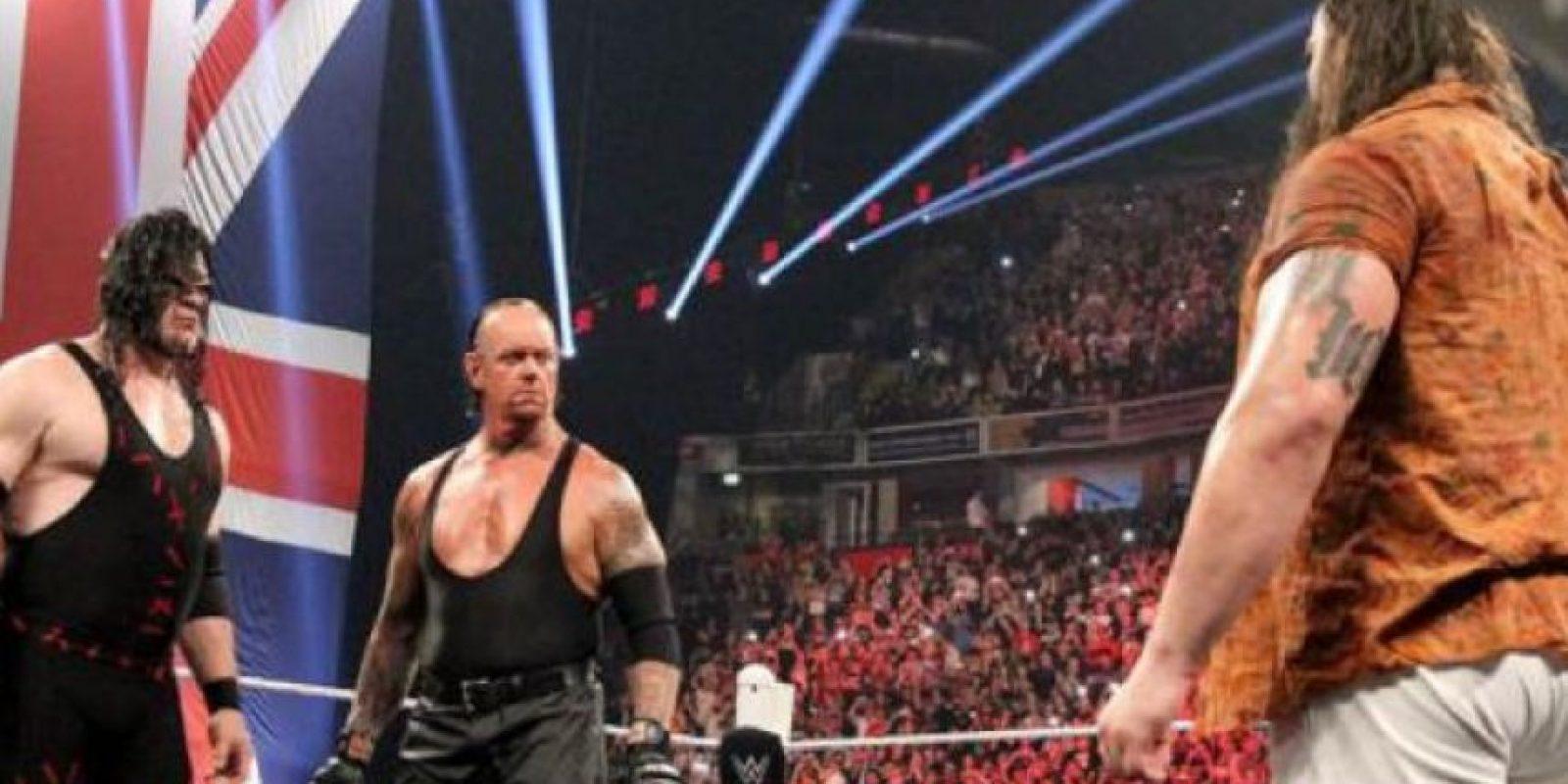 Kane buscará un puesto político Foto:WWE. Imagen Por: