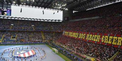 Para demostrarle su apoyo y amor a sus clubes. Foto:AFP. Imagen Por: