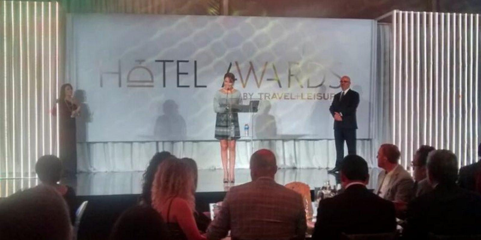 #ConLaMaletaEnMano fue la campaña digital con la que se promocionó la ceremonia. Foto:Especial. Imagen Por: