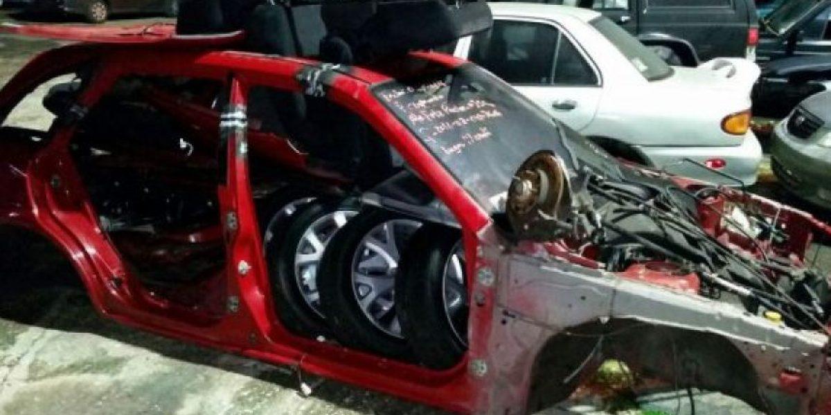 Atrapan cuarteto desmantelando vehículos hurtados en Vega Baja