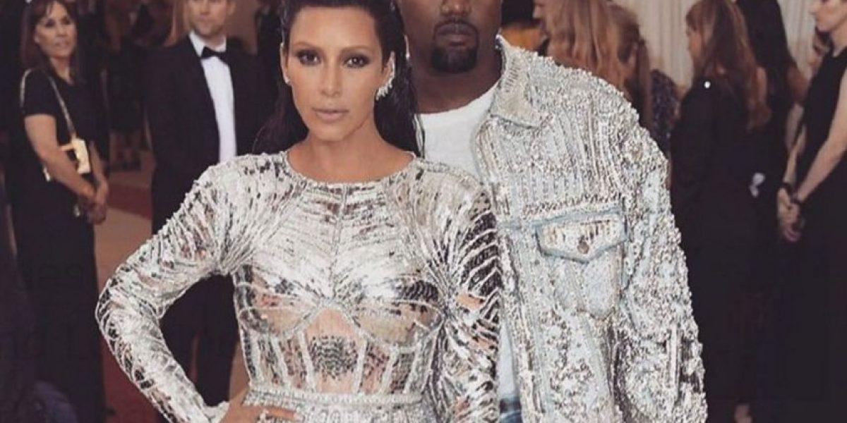 Kim Kardashian revela su tamaño de cintura