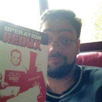 """Otro de sus libros fue """"Redux"""" Foto:Twitter.com. Imagen Por:"""