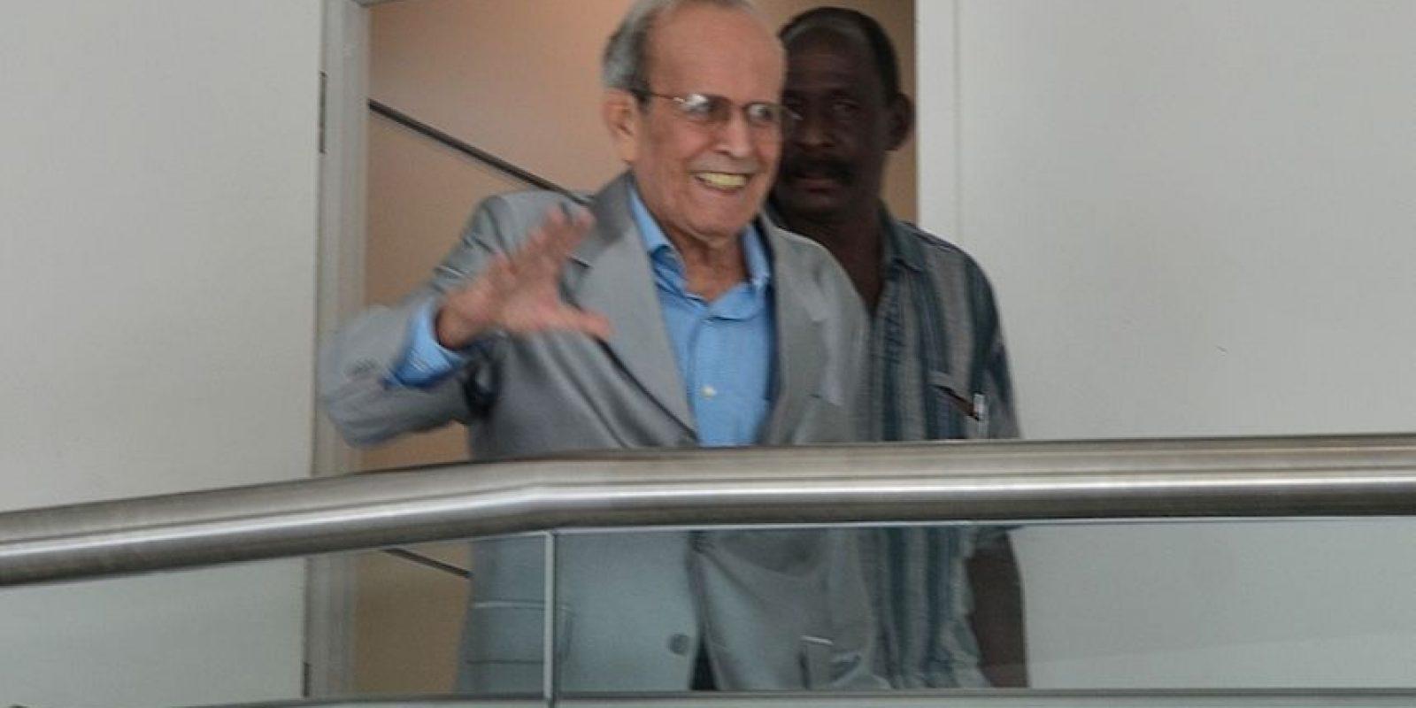 El diplomático Ricardo Alarcón fue recibido por Julio Muriente y Wilma Reverón, copresidentes del MINH. Foto:INS. Imagen Por: