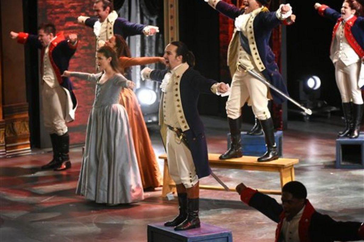 """Lin-Manuel Miranda y el elenco de """"Hamilton"""" actúan en la ceremonia de los Premios Tony, el domingo 12 de junio del 2016 en Nueva York. Foto: (Foto por Evan Agostini/Invision/AP). Imagen Por:"""