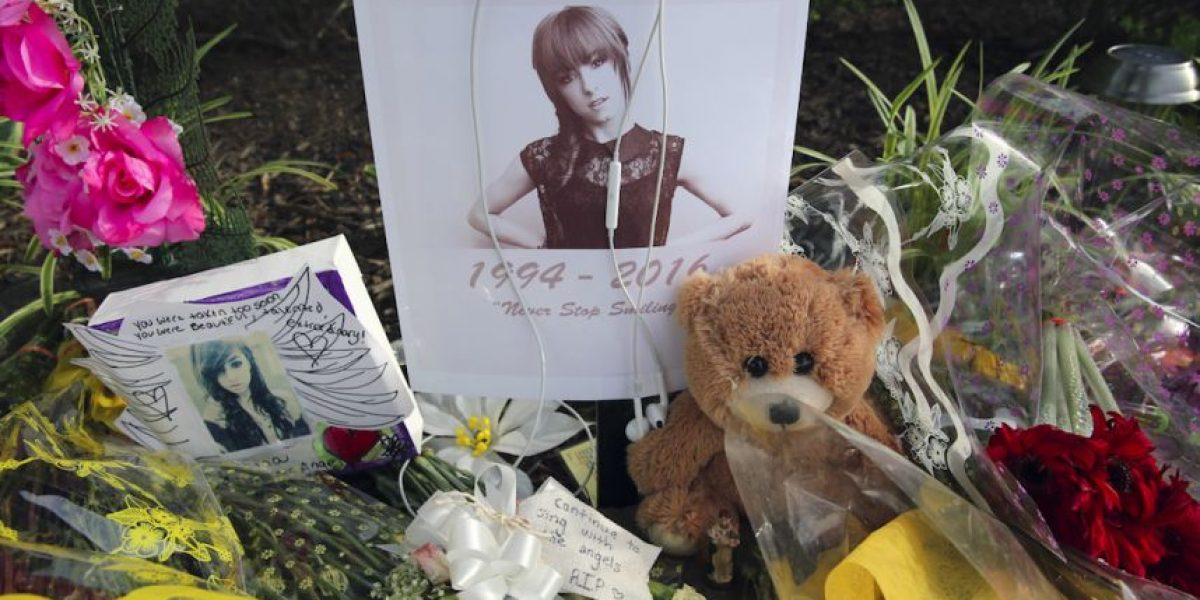 Rinden homenaje a cantante Christina Grimmie en New Jersey
