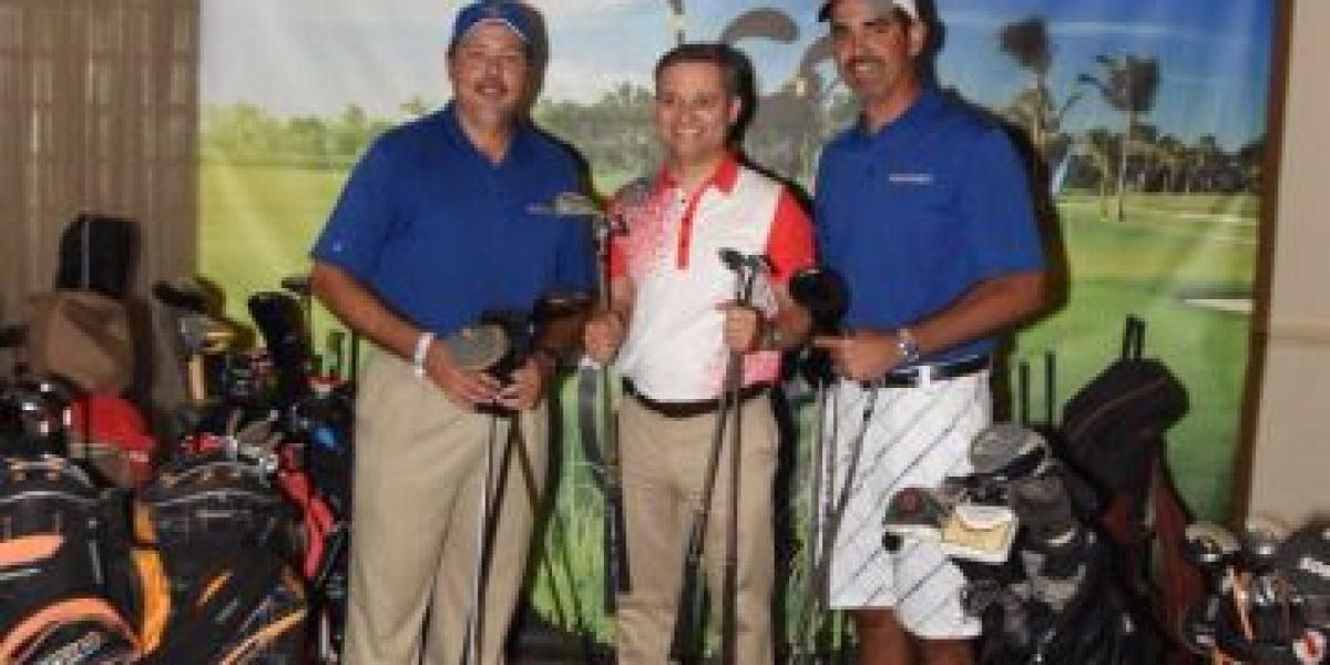 FASTSIGNS® Puerto Rico y MIDA unen fuerzas para recolectar palos de golf usados