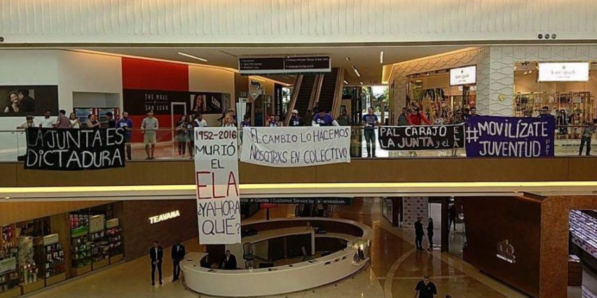 Juventud PPT protesta en The Mall of San Juan