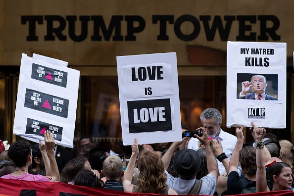 La Torre Trump se convierte en epicentro de protestas a favor y contra el precandidato Foto:Getty Images. Imagen Por: