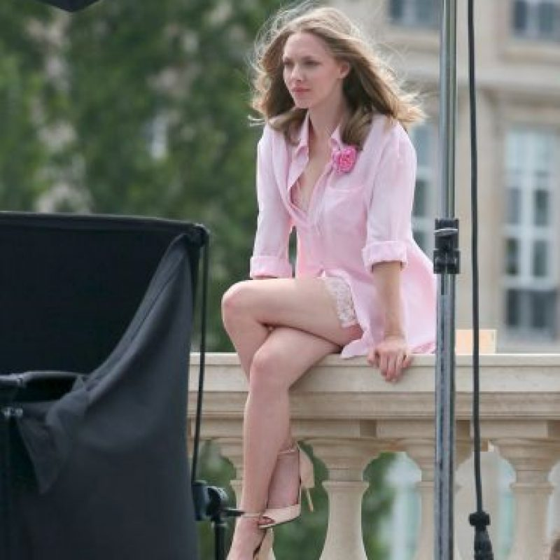 La modelo no se percató de que estaba mostrando mucho más de la cuenta Foto:Grosby Group. Imagen Por: