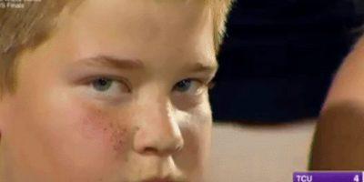 Las curiosas caras del niño que se volvió viral en un partido de béisbol Foto:Twitter. Imagen Por: