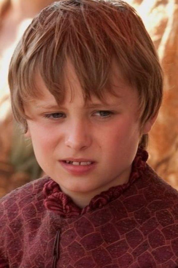 Tommen Baratheon en la temporada 1 Foto:Vía HBO. Imagen Por: