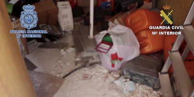 Estas eran las condiciones en las que vivió el joven dos años Foto:Policia Nacional de España. Imagen Por: