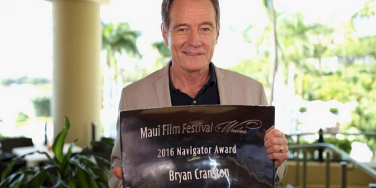 Bryan Cranston quiere interpretar a Donald Trump y lo imita