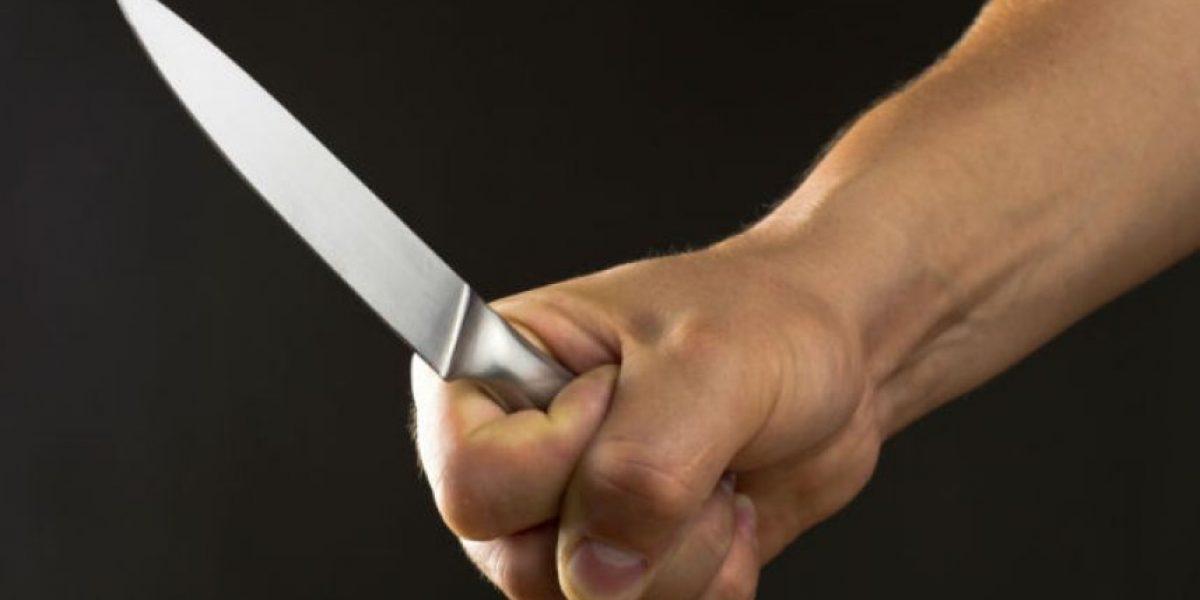 Sujeto le corta el dedo a mujer de 77 años en Arecibo