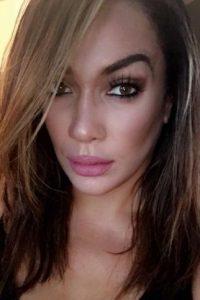 Nia también ha trabajado como modelo de talla plus Foto:WWE. Imagen Por: