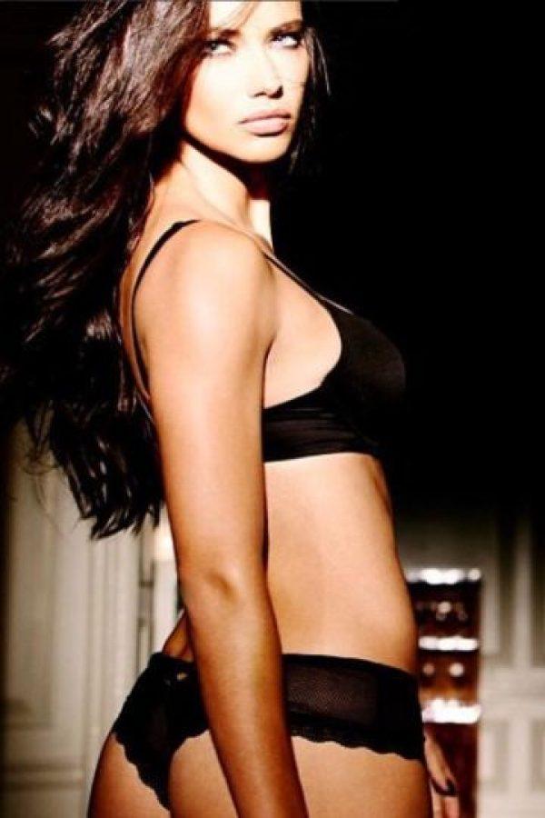 Miren las mejores imágenes de las redes sociales de Adriana Lima Foto:Vía instagram.com/adrianalima. Imagen Por: