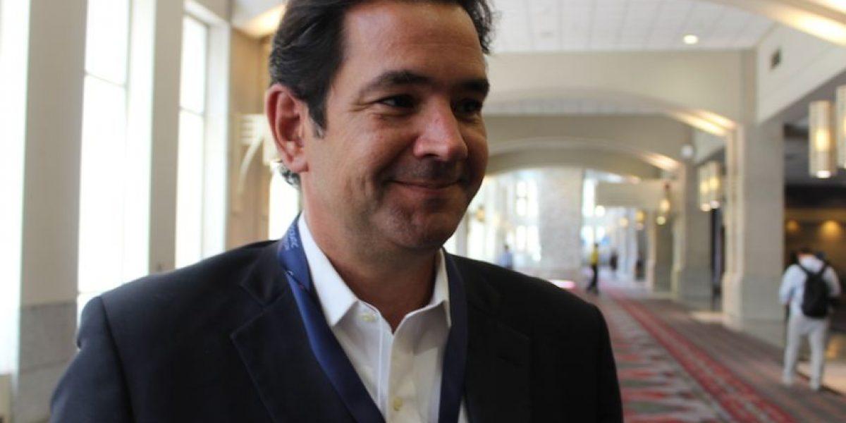 Prats renuncia a presidencia del Partido Demócrata