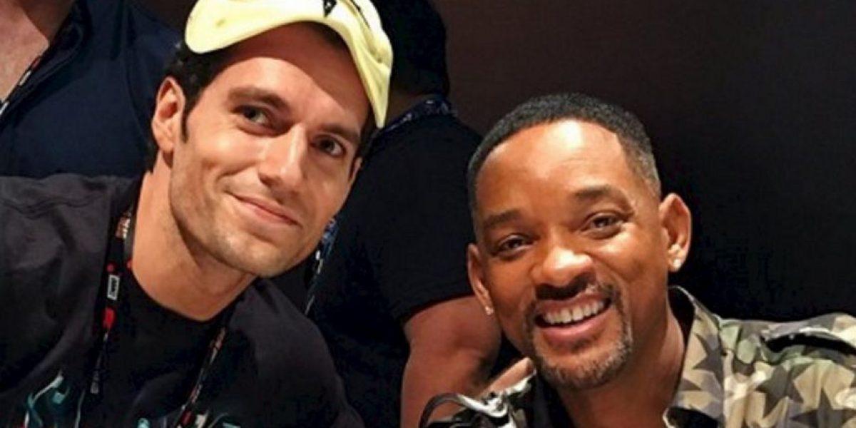 Henry Cavill se infiltró en la Comic Con y bromeó a Will Smith